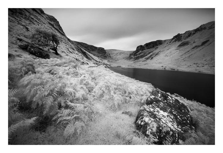 Annascaul+Lake+2.jpg