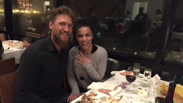 Cut 4 by MLB - Hunter Pence asked his girlfriend to marry him and she said ... YES YES YES