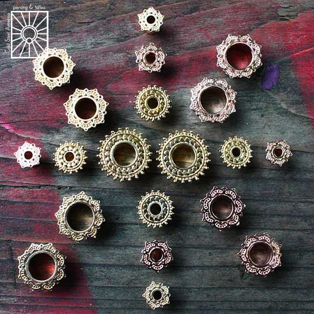 Quick little peek at the order of beautiful plated yellow and rose gold eyelets we just got in from Tawapa!
