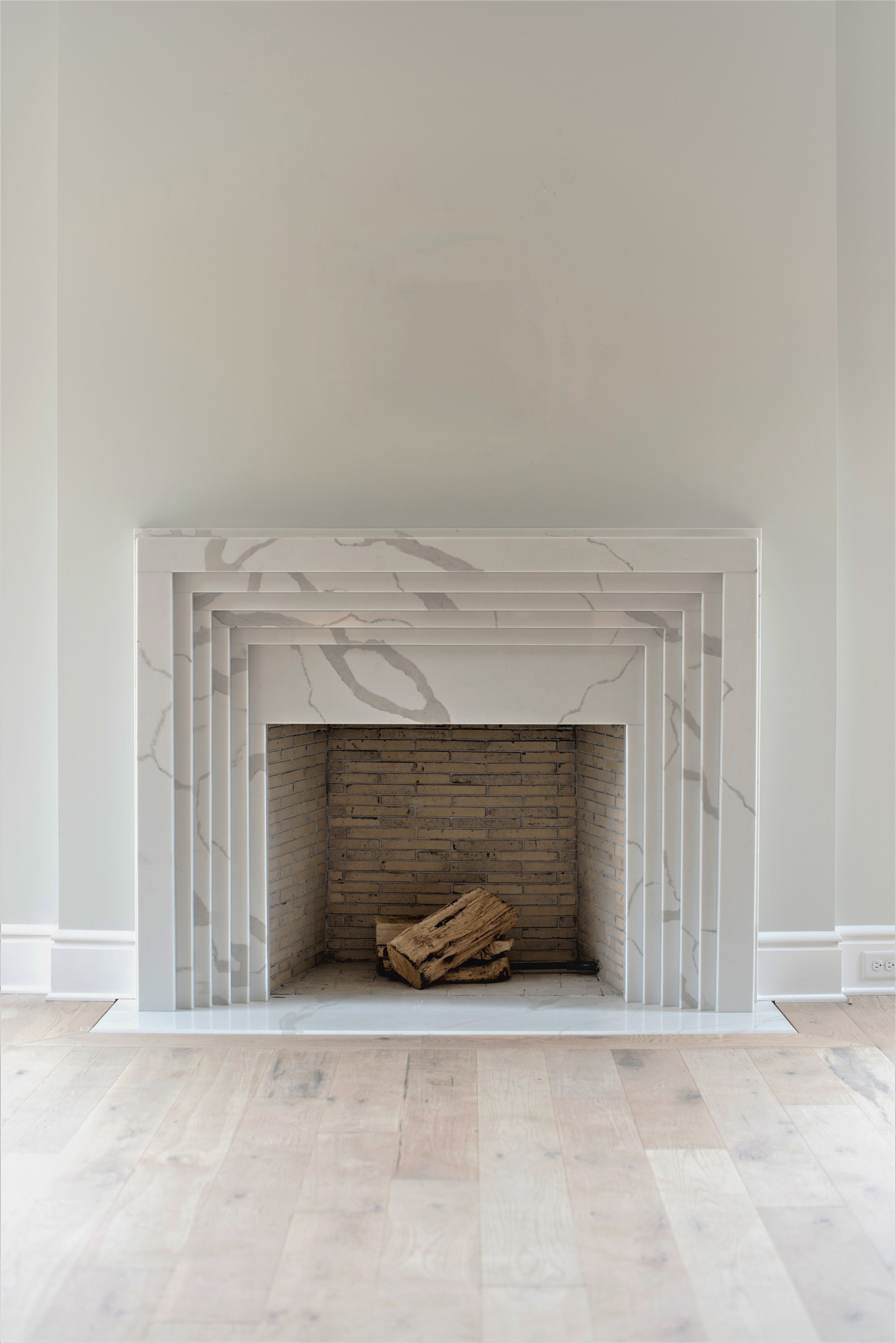 1 Fireplace Omore_Showhouse_Voce_01-(ZF-4798-09230-1-001) (1) (1).jpg