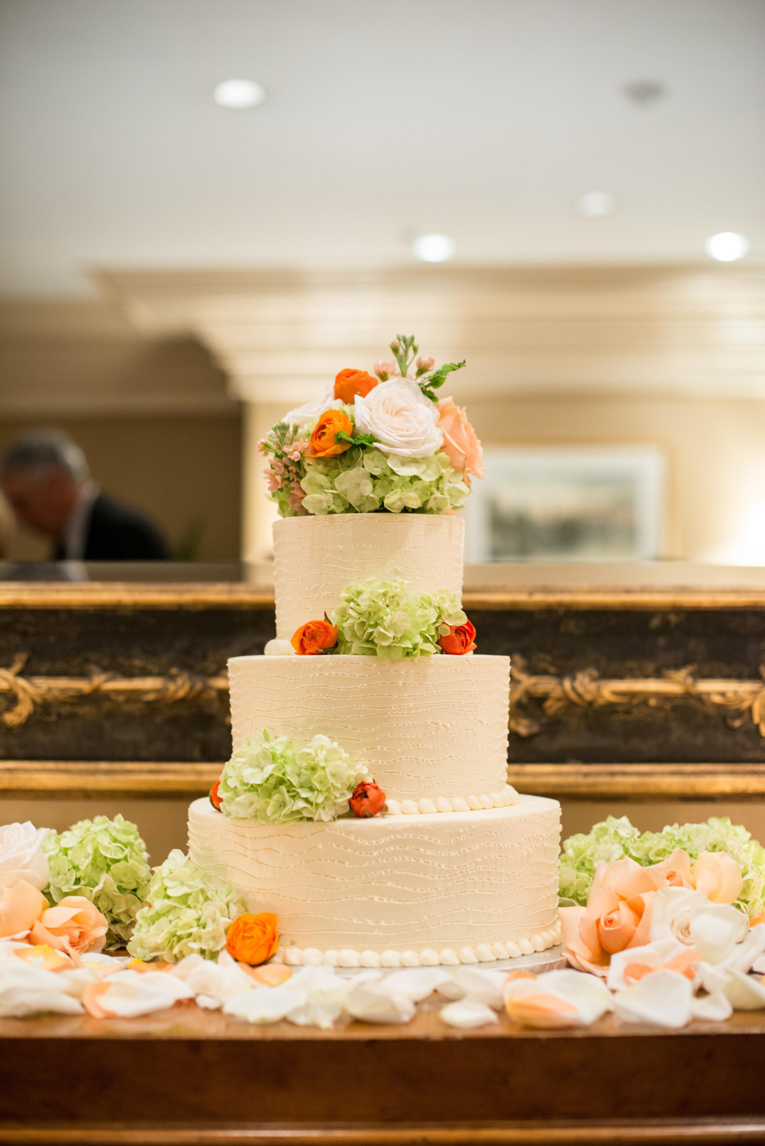 DeEttas_ wedding photo 4.jpg