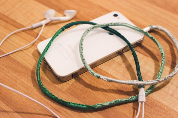 This method can be used to cover all sorts of electronic cords – from phone chargers to USB cables, let you creativity flow!
