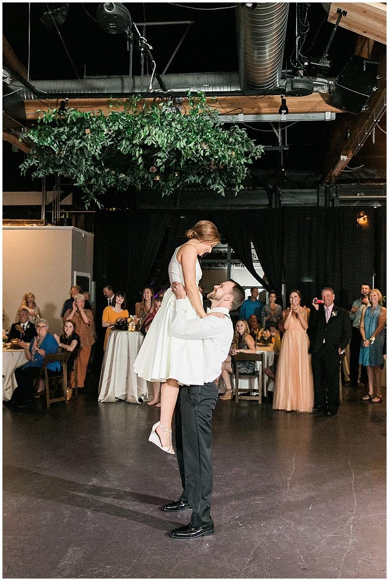 Portland-Oregon-Wedding-Florist-Urban-Studio-Wedding-8.jpg