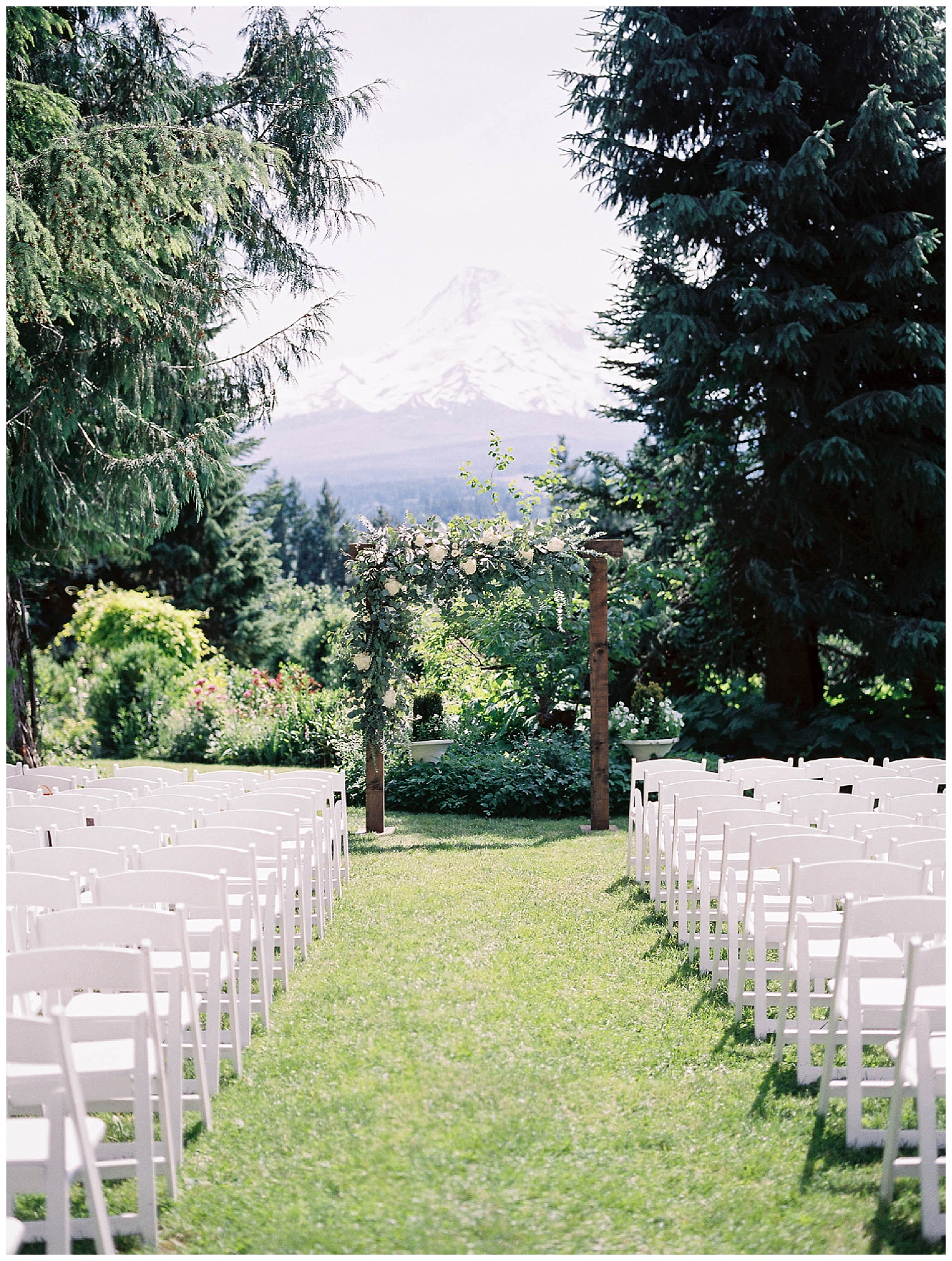 MtHood_Organic_Farms_Wedding2.jpg