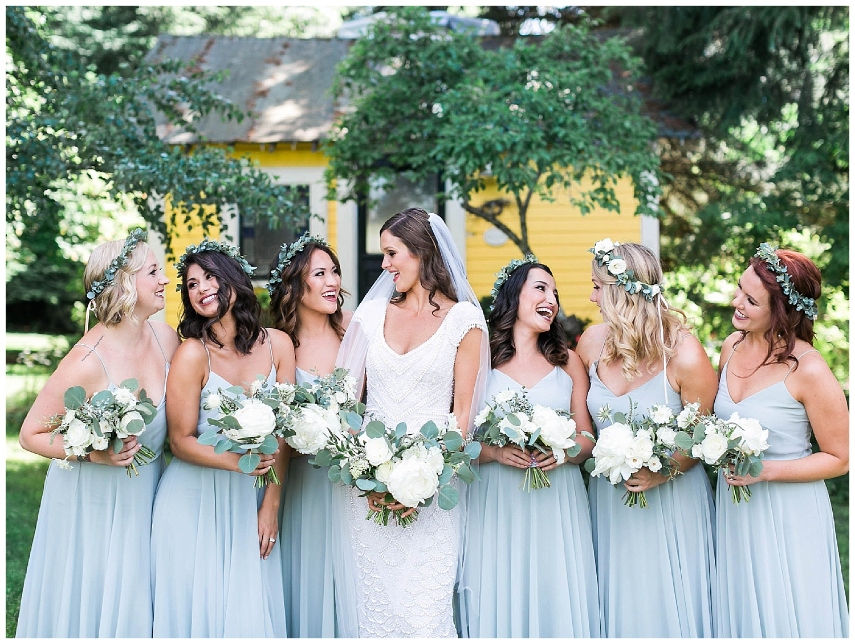 HoodRiver_Oregon_Wedding_Florist1.jpg