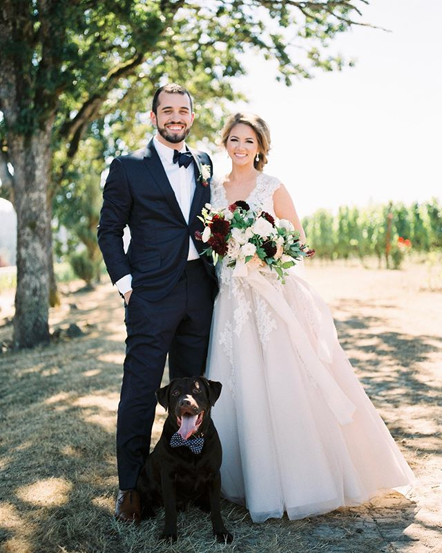 Happy 2nd Anniversary to this beautiful couple and happy #nationaldogday to @guinness_the_chocolate_lab 🐶 ❤️