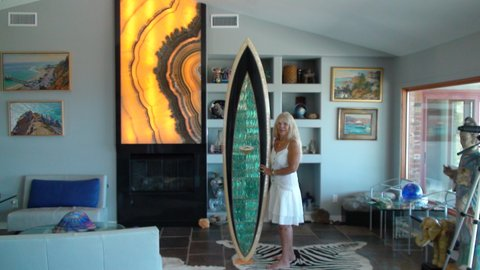 WOMEN WHO SURF - JANET MACPHERSON = SURFISTICATE