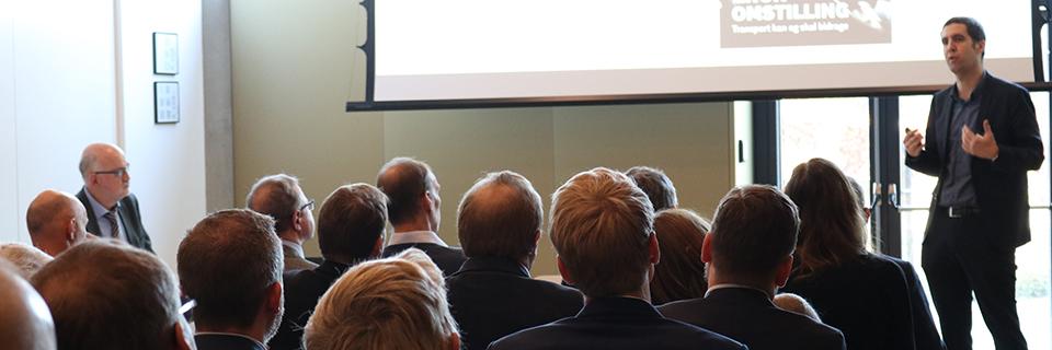 Senior chefkonsulent i Dansk Industri, Rune Noack, fortæller om rammerne for transportsektoren frem til 2050.