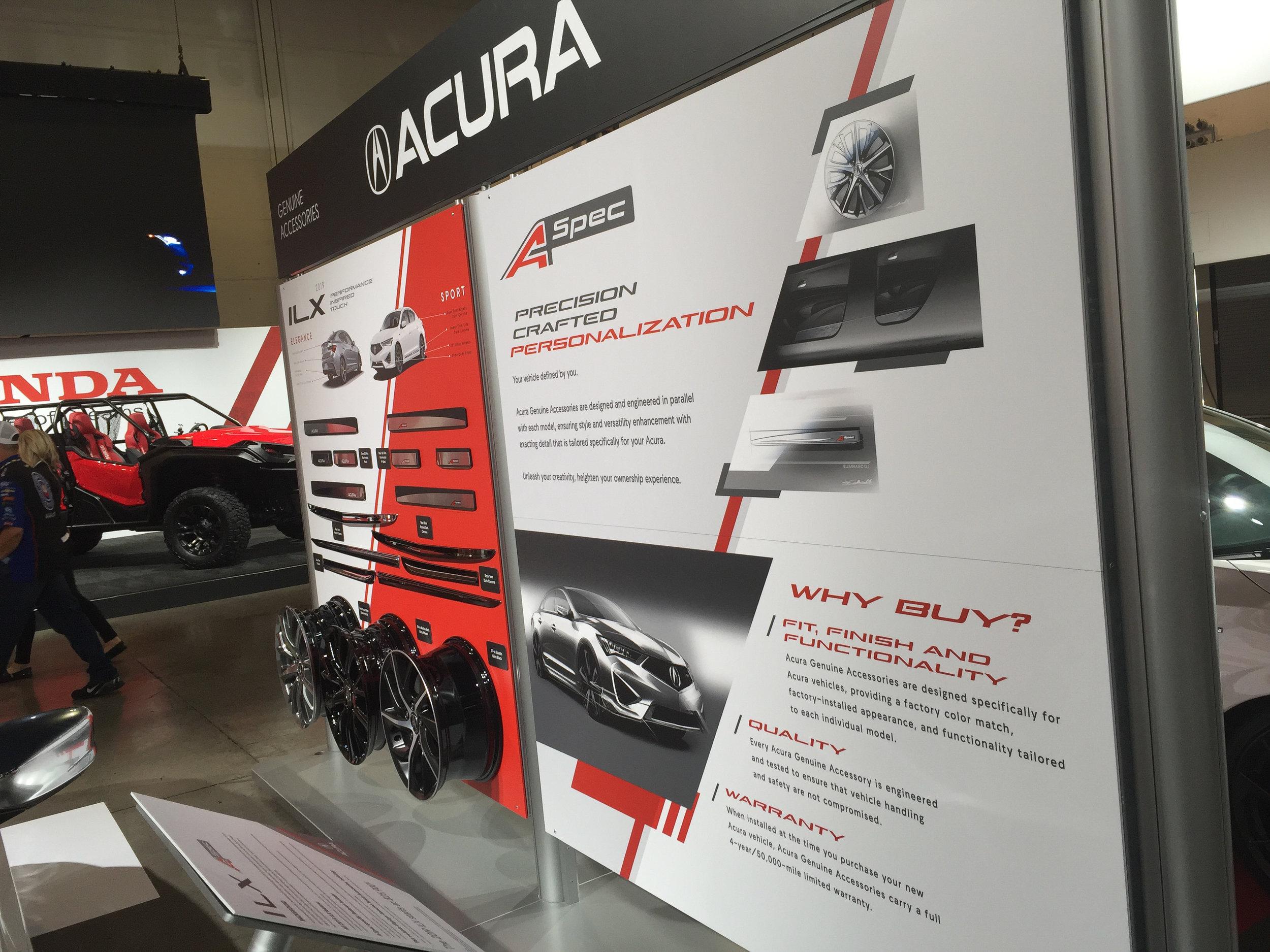 Product Accessory Display, Acura Side, Honda+Acura & GPJ, 2018
