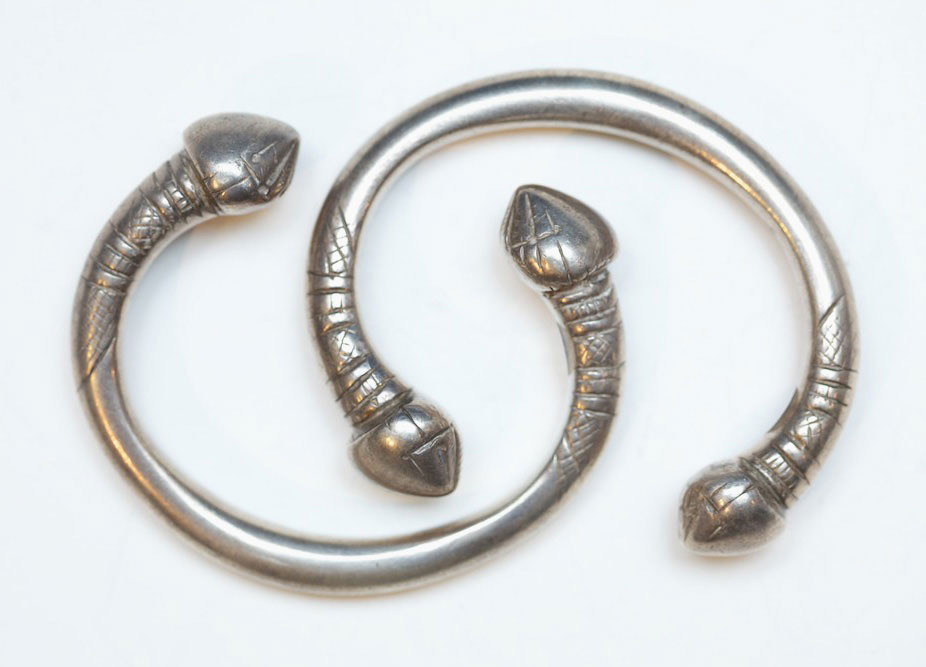 Pair of silver bracelets, Burma, late 19th century.