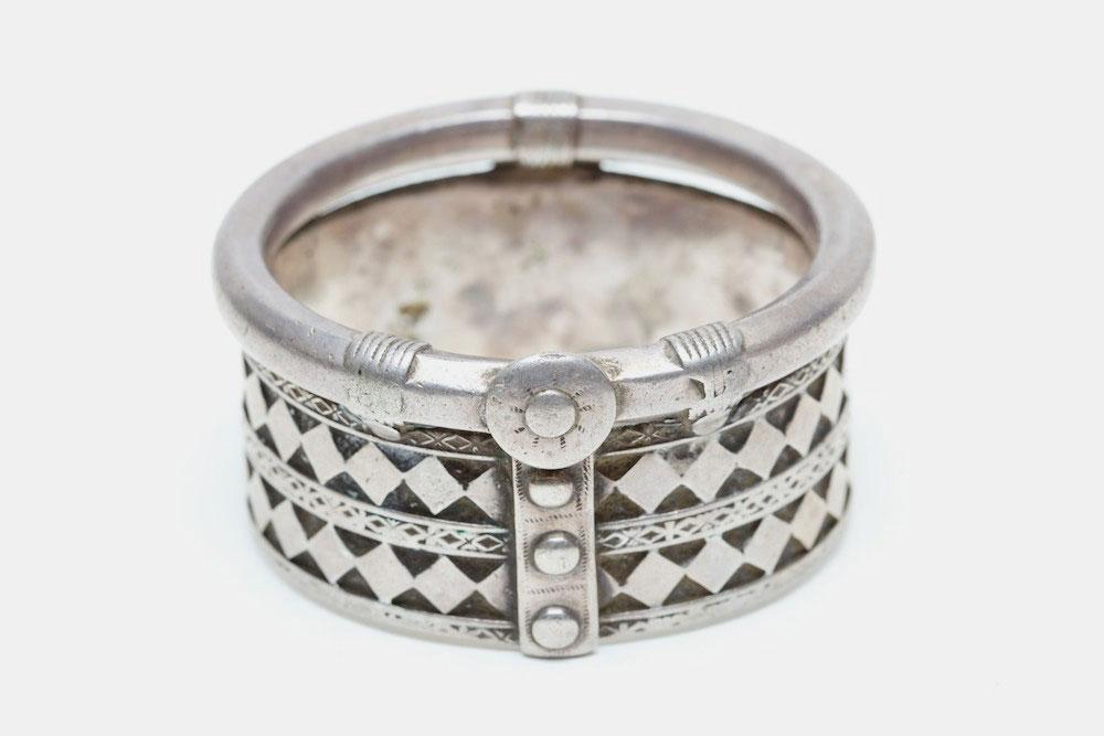 Silver bracelet, India, late 19th century.