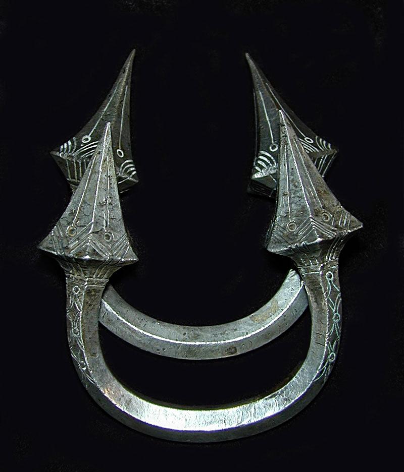 Silver bracelet pair, Burma, turn-of-the-century.