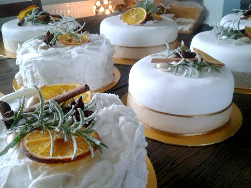 CC_Christmas_cakes.jpg