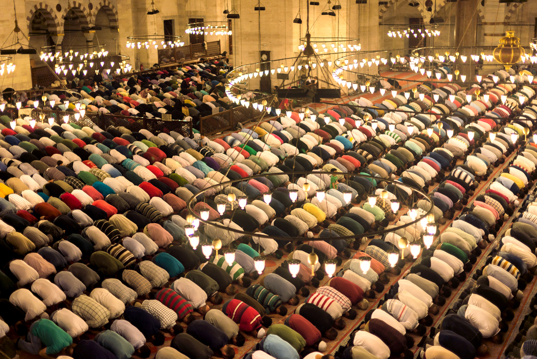 Süleymaniye mosque, from the first floor, on Friday July 1st. A special night for Muslims: Kadir gecesi (the Night of Destiny).