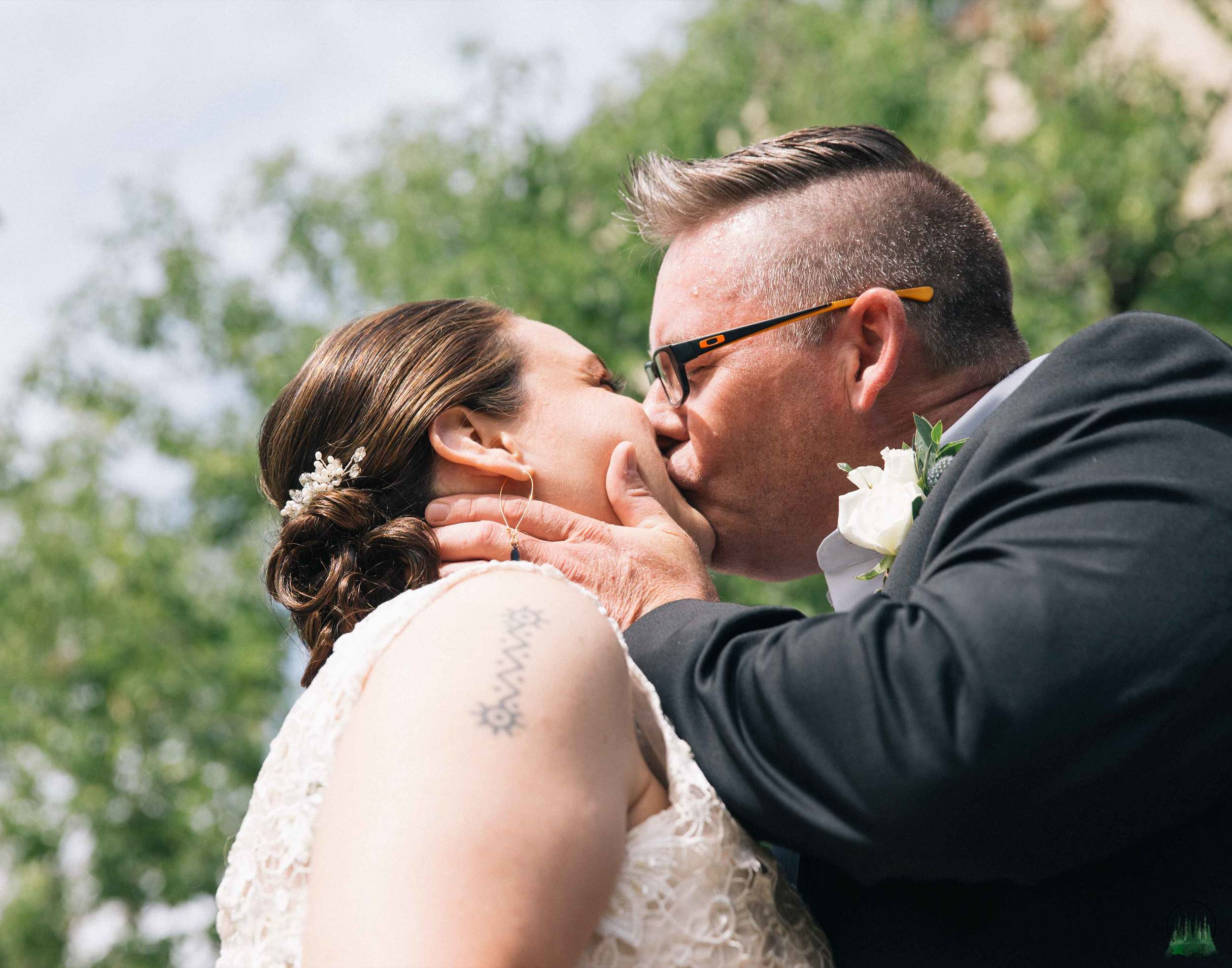 Mr&Mrs-Howell-71sig.jpg