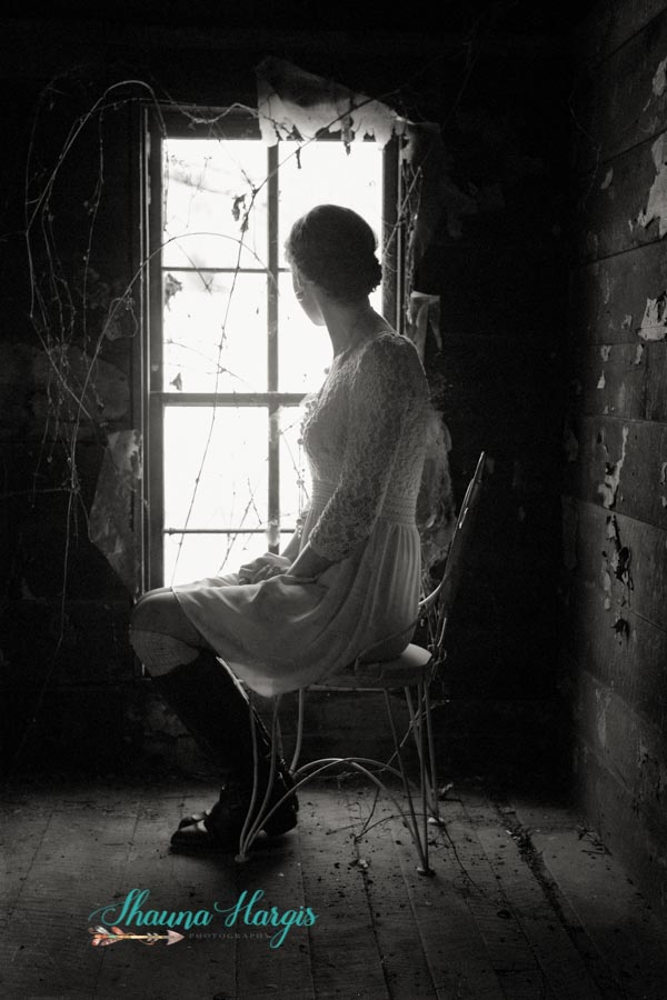 Senior Pictures - vintage - b&w - Alien Skin Exposure X - Cookeville TN - Middle TN - Shauna Hargis Photography