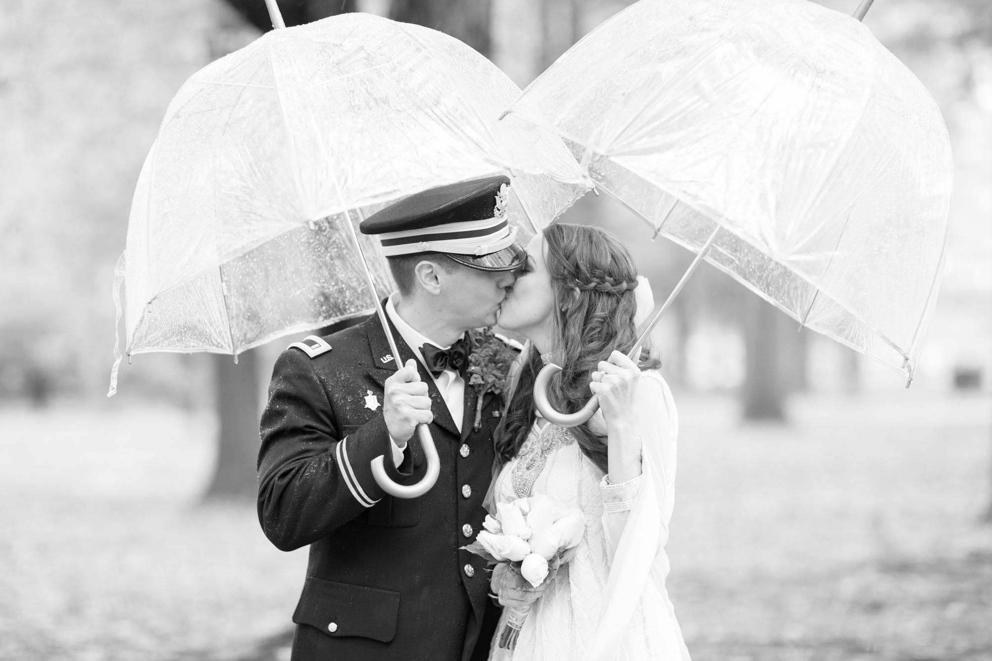 2. Durkee Wedding Bride & Groom Portraits-171_anna grace photography virginia wedding photographer dc war memorial washington dc photo.jpg