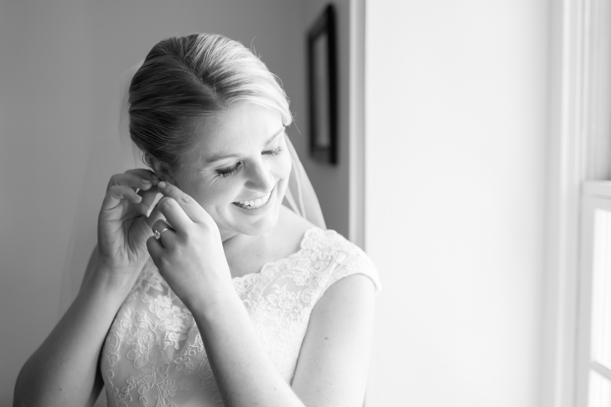 1-Miano Wedding Getting Ready-217_anna grace photography maryland wedding photographer rockland estates.jpg
