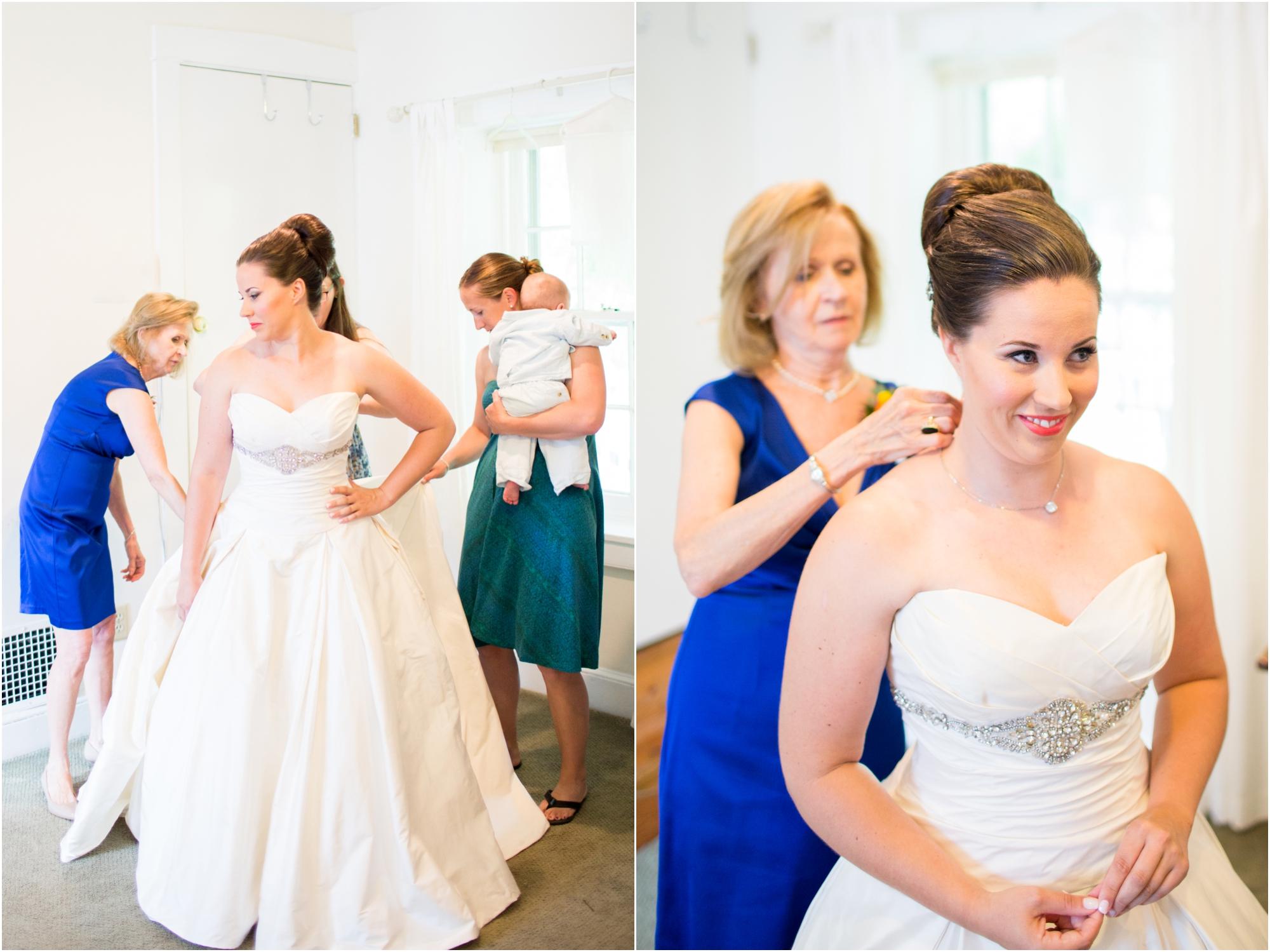 2-Berkstresser Wedding Getting Ready-229_anna grace photography pennsylvania wedding photographer riverdale manor.jpg