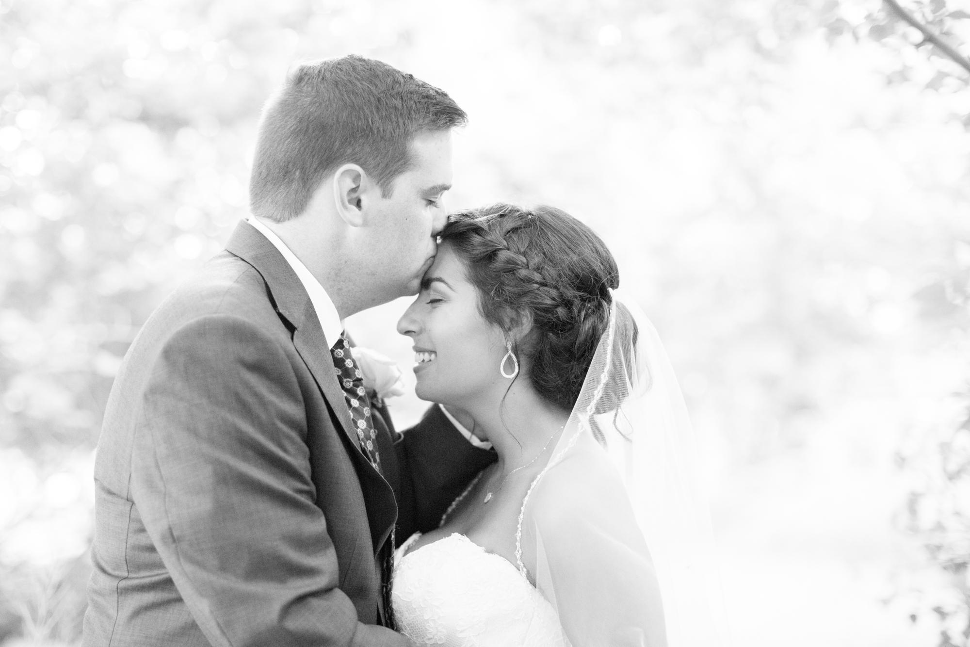 3-Mann Wedding Bride & Groom Portraits-566.jpg