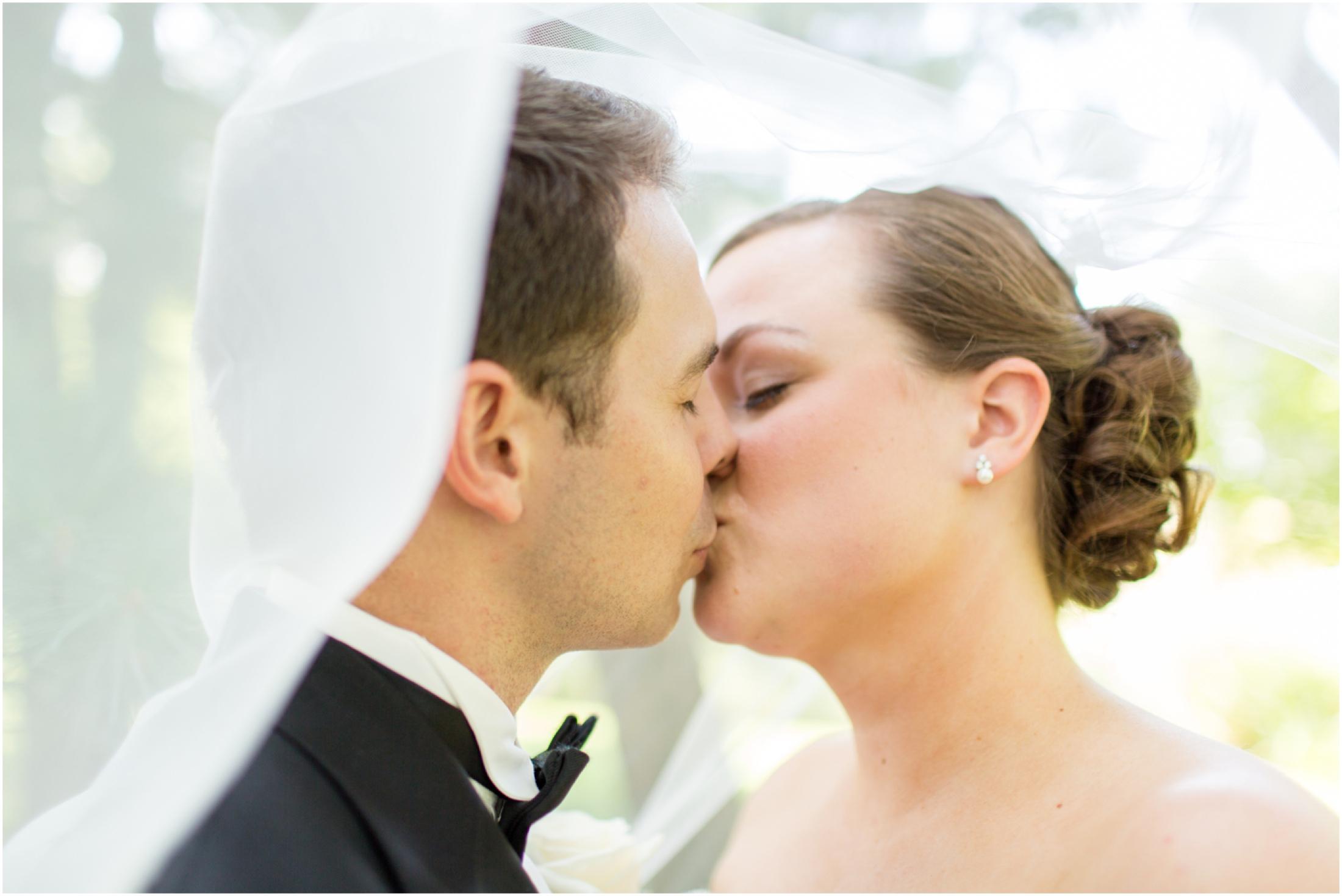 3-Bride-Groom-Portraits-Windsor-Wedding-468.jpg