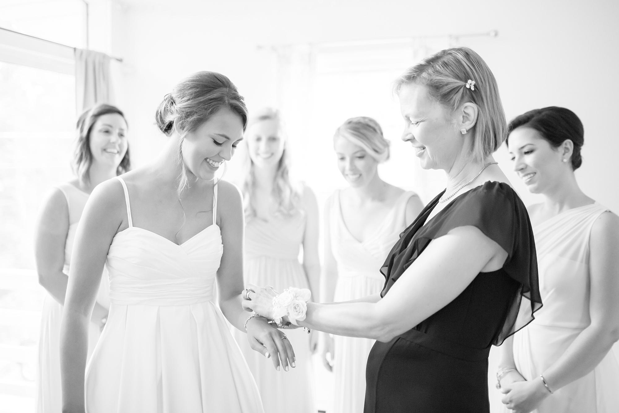 Russell 1-Getting Ready-241_anna grace photography baltimore maryland wedding photographer elkridge furnace inn wedding photo.jpg