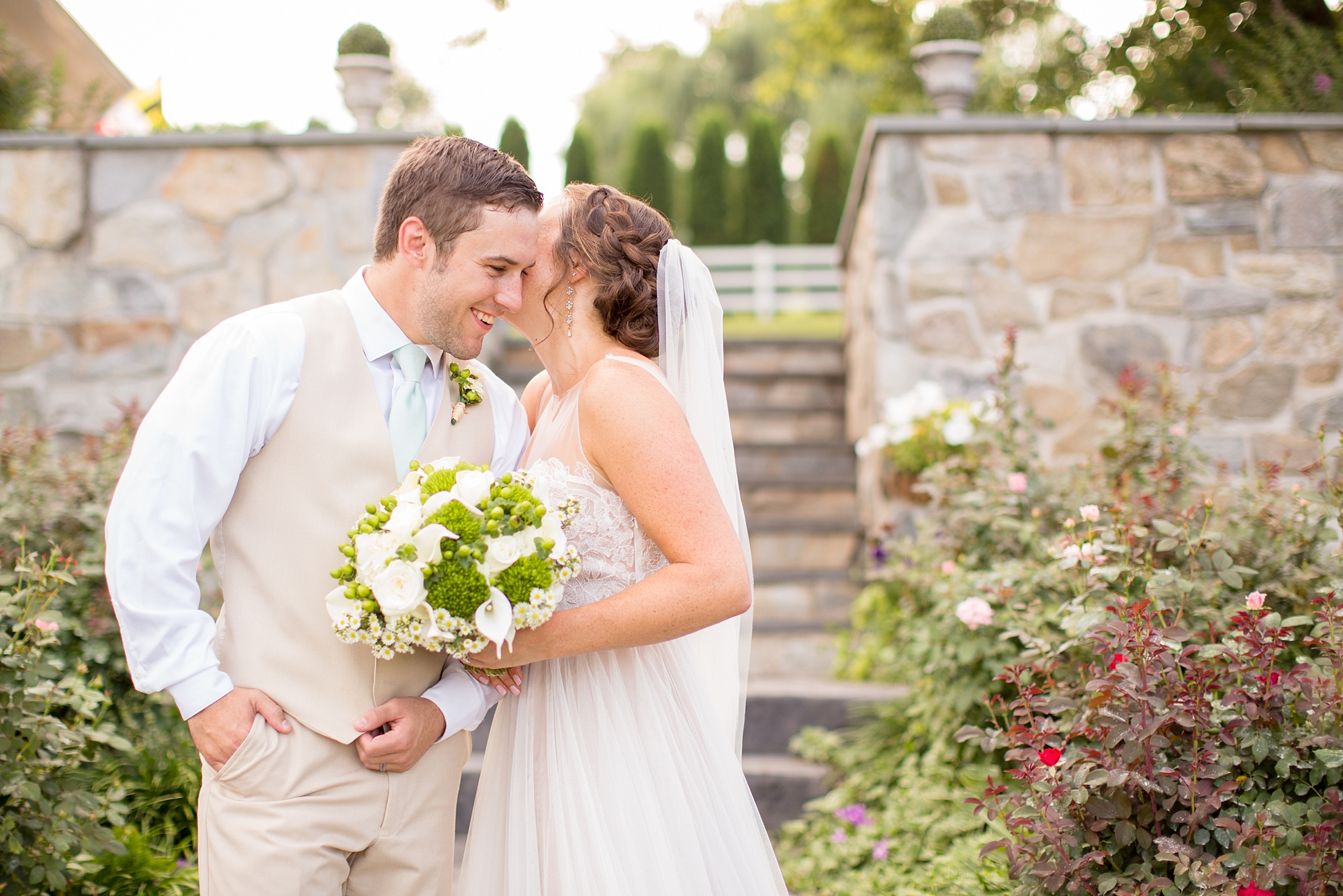 Herndon 5-Bride & Groom Portraits-889_anna grace photography baltimore maryland wedding photographer pond view farm photo.jpg