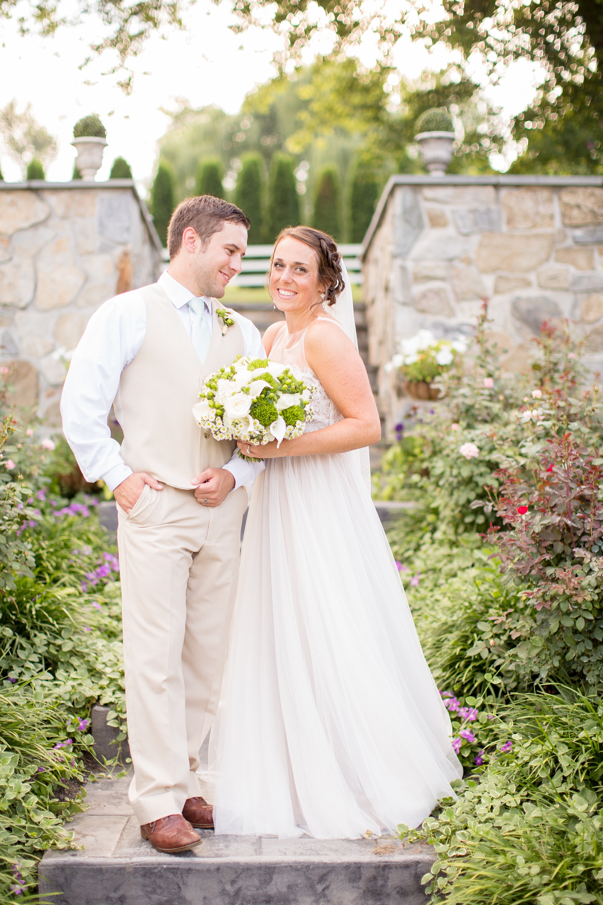 Herndon 5-Bride & Groom Portraits-875_anna grace photography baltimore maryland wedding photographer pond view farm photo.jpg