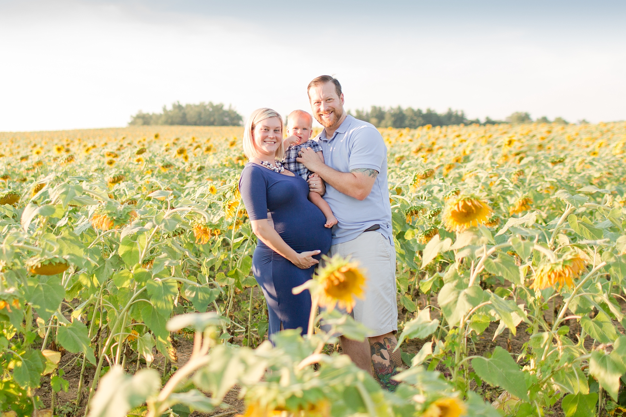 Andrews Family 2016-142_anna grace photography baltimore maryland maternity family photographer sunflower field photo.jpg