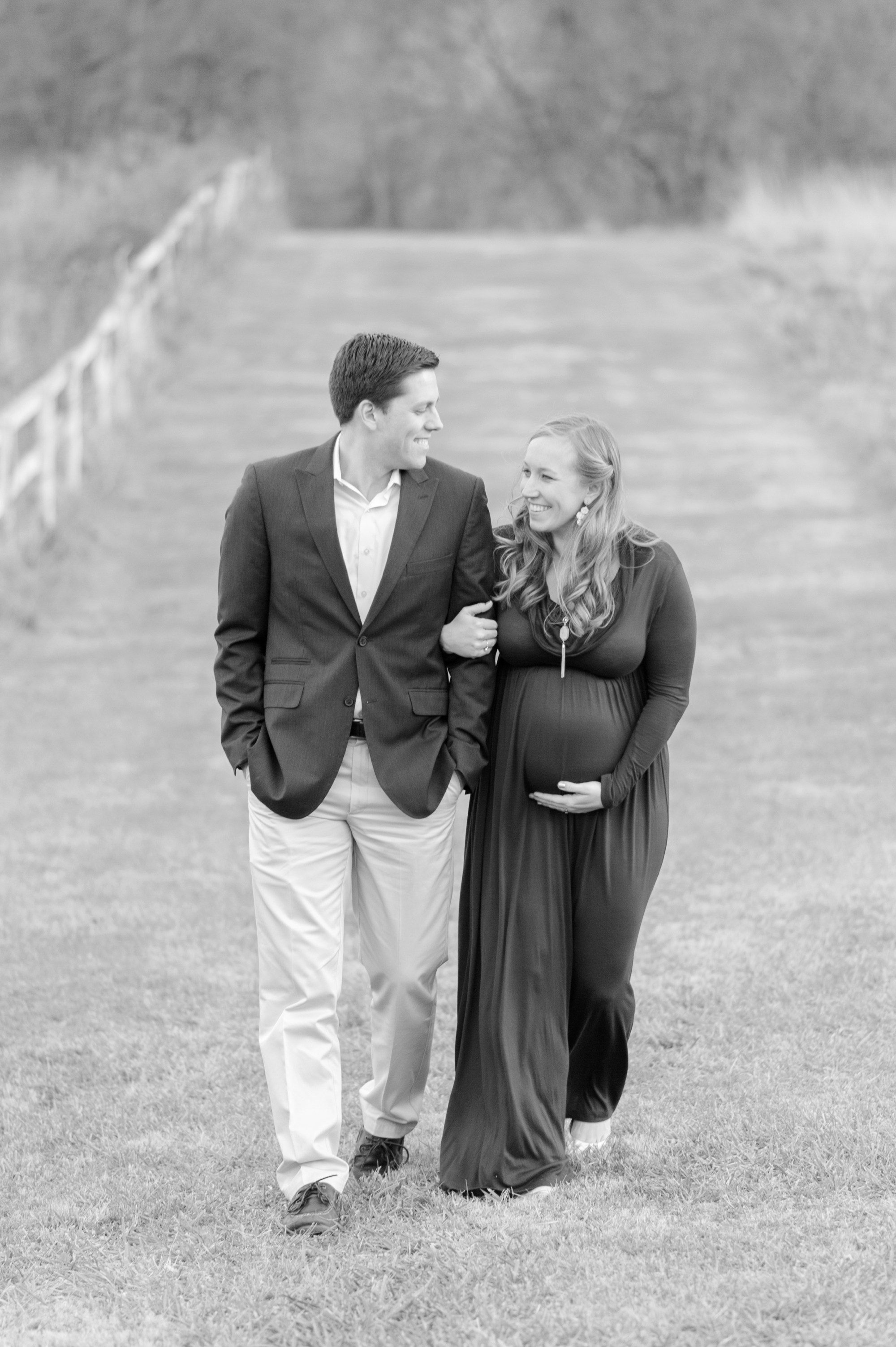AG and Kevin Maternity-357_anna grace photography baltimore maryland maternity photographer cromwell valley park photo.jpg