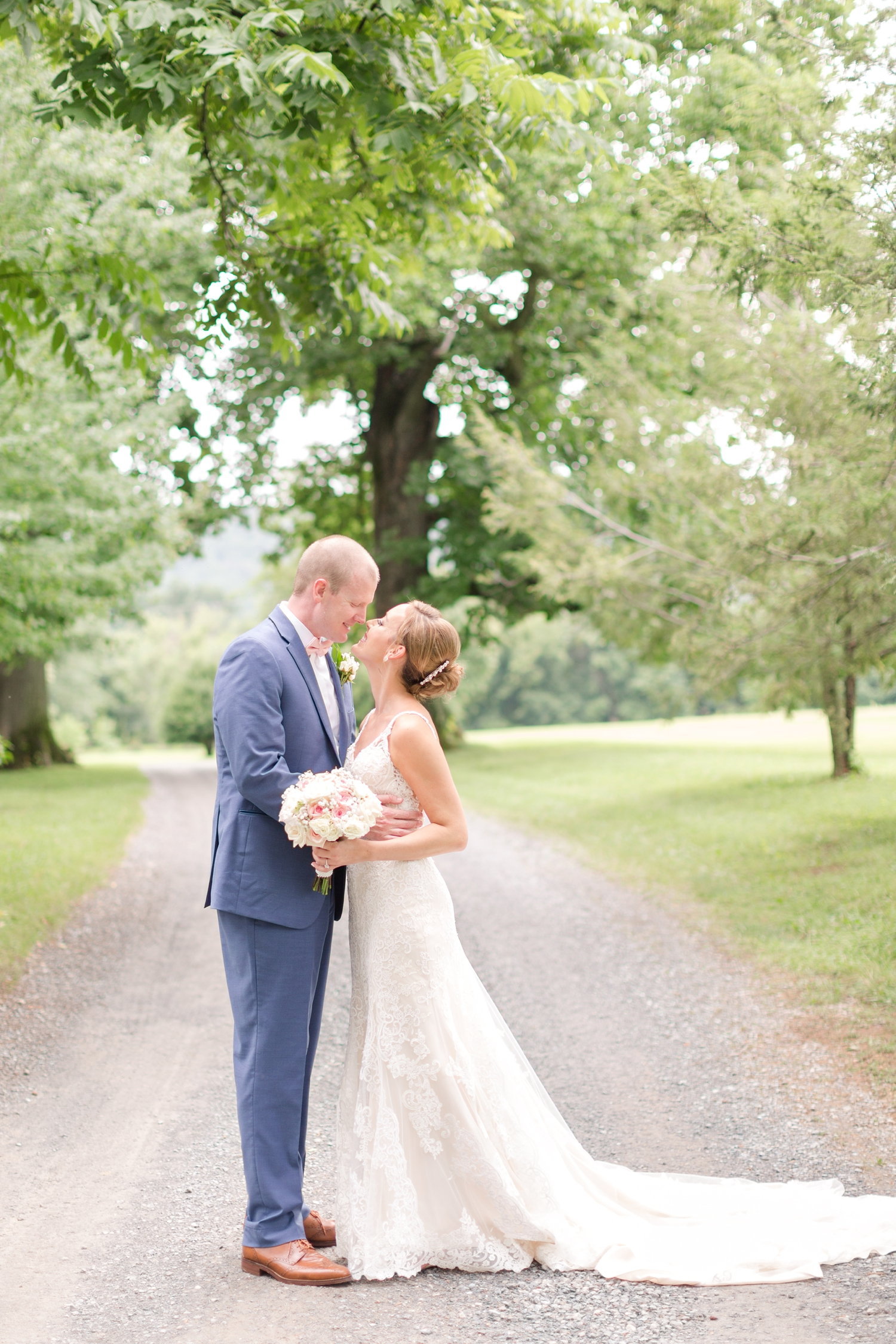 NORMAN WEDDING HIGHLIGHTS-193_whitehall-manor-estate-wedding-photography-virginia-wedding-photographer-anna-grace-photography-photo.jpg