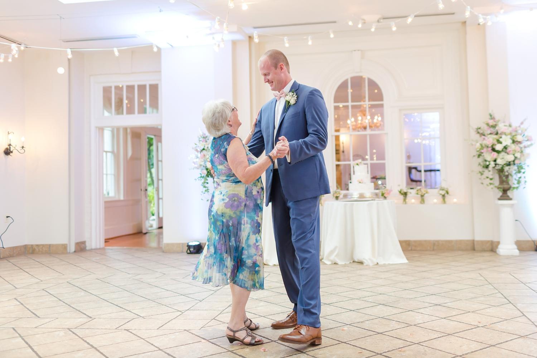 NORMAN WEDDING HIGHLIGHTS-350_whitehall-manor-estate-wedding-photography-virginia-wedding-photographer-anna-grace-photography-photo.jpg