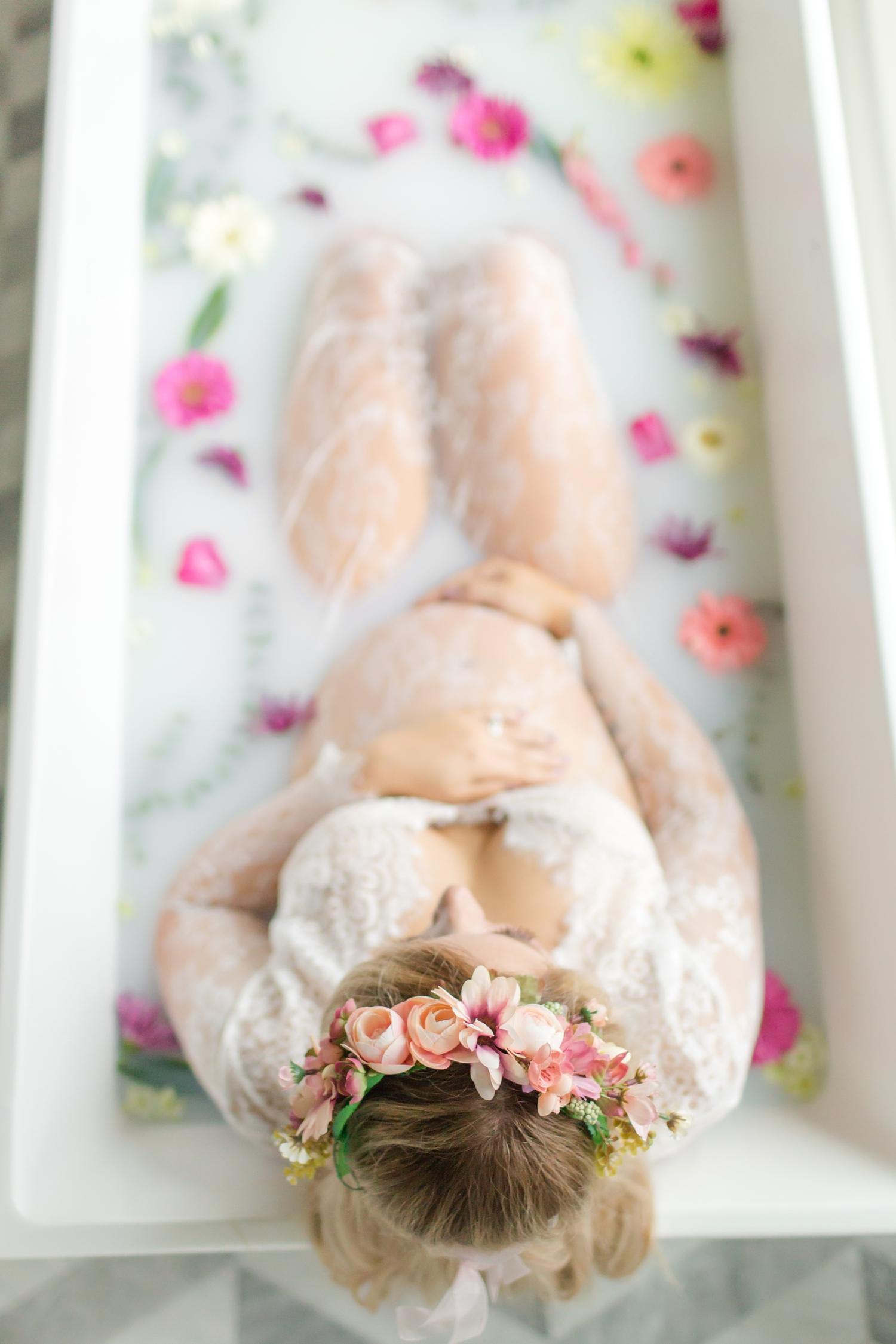 Specketer Maternity-111_baltimore-maryland-maternity-milkbath-anna-grace-photography-photo.jpg