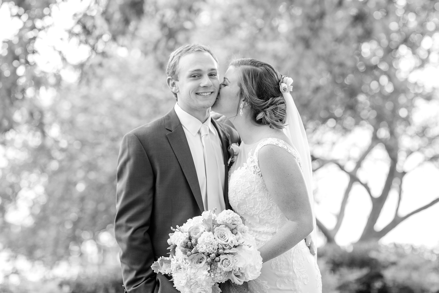 WEBSTER WEDDING HIGHLIGHTS-197_bayfront-club-waterfront-maryland-wedding-anna-grace-photography-photo.jpg