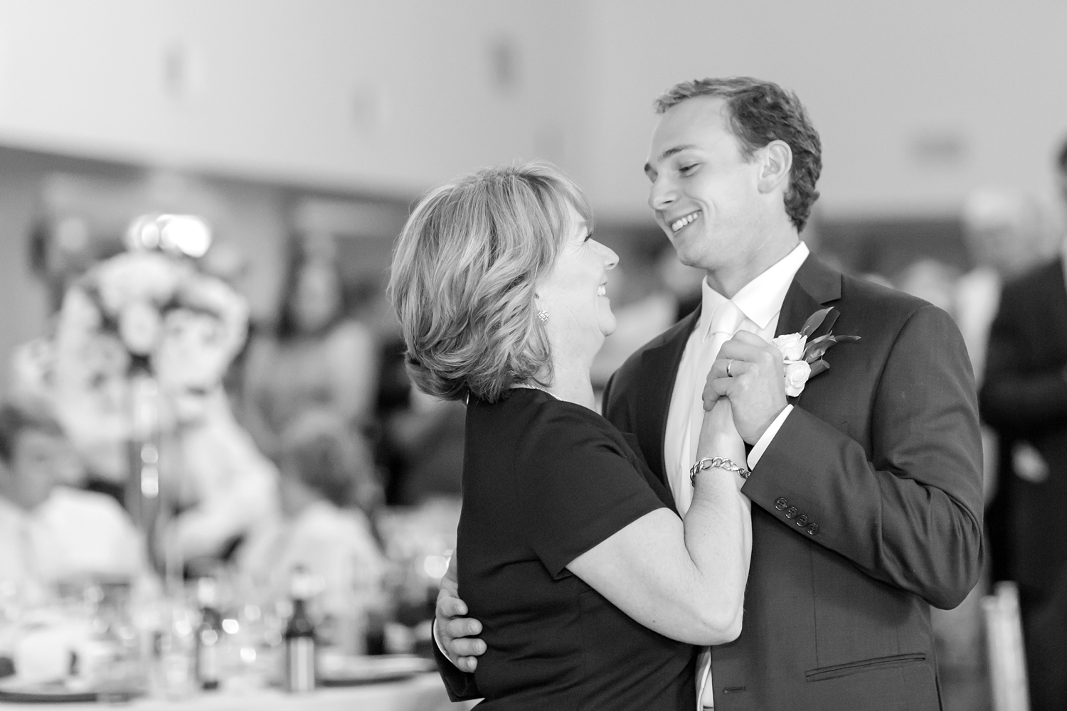 WEBSTER WEDDING HIGHLIGHTS-548_bayfront-club-waterfront-maryland-wedding-anna-grace-photography-photo.jpg