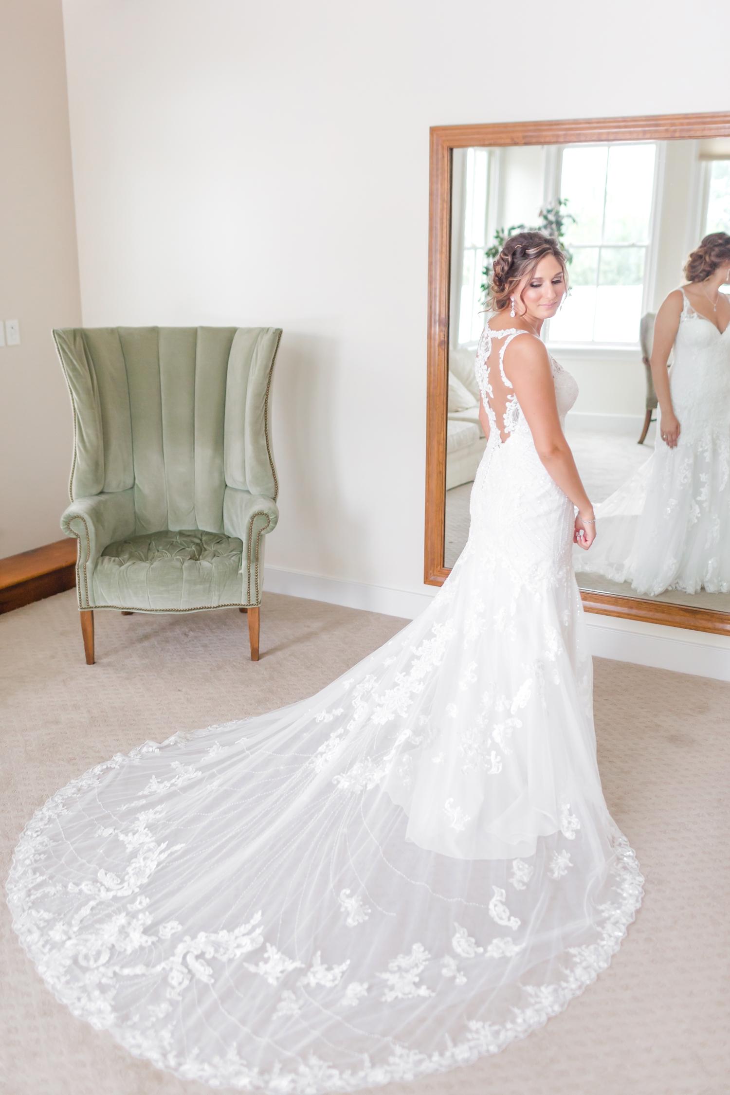 ANDRE WEDDING HIGHLIGHTS-124_walkers-overlook-wedding-walkersville-maryland-wedding-anna-grace-photography-photo.jpg