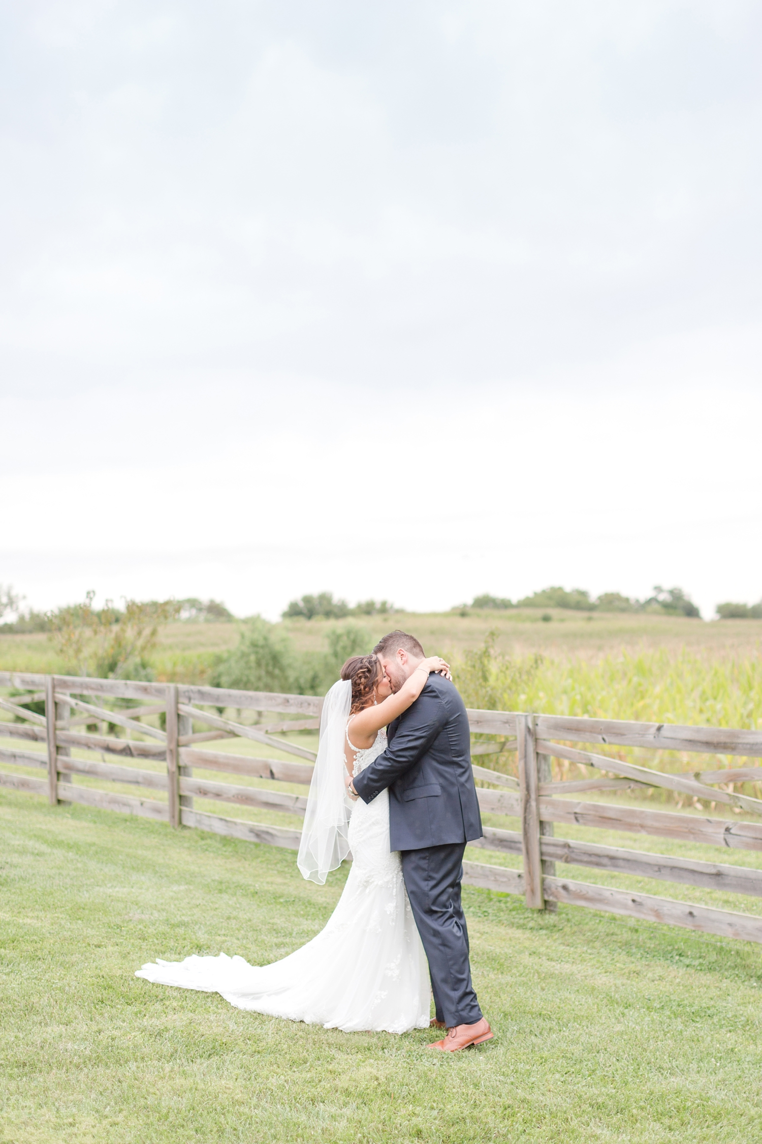 ANDRE WEDDING HIGHLIGHTS-161_walkers-overlook-wedding-walkersville-maryland-wedding-anna-grace-photography-photo.jpg