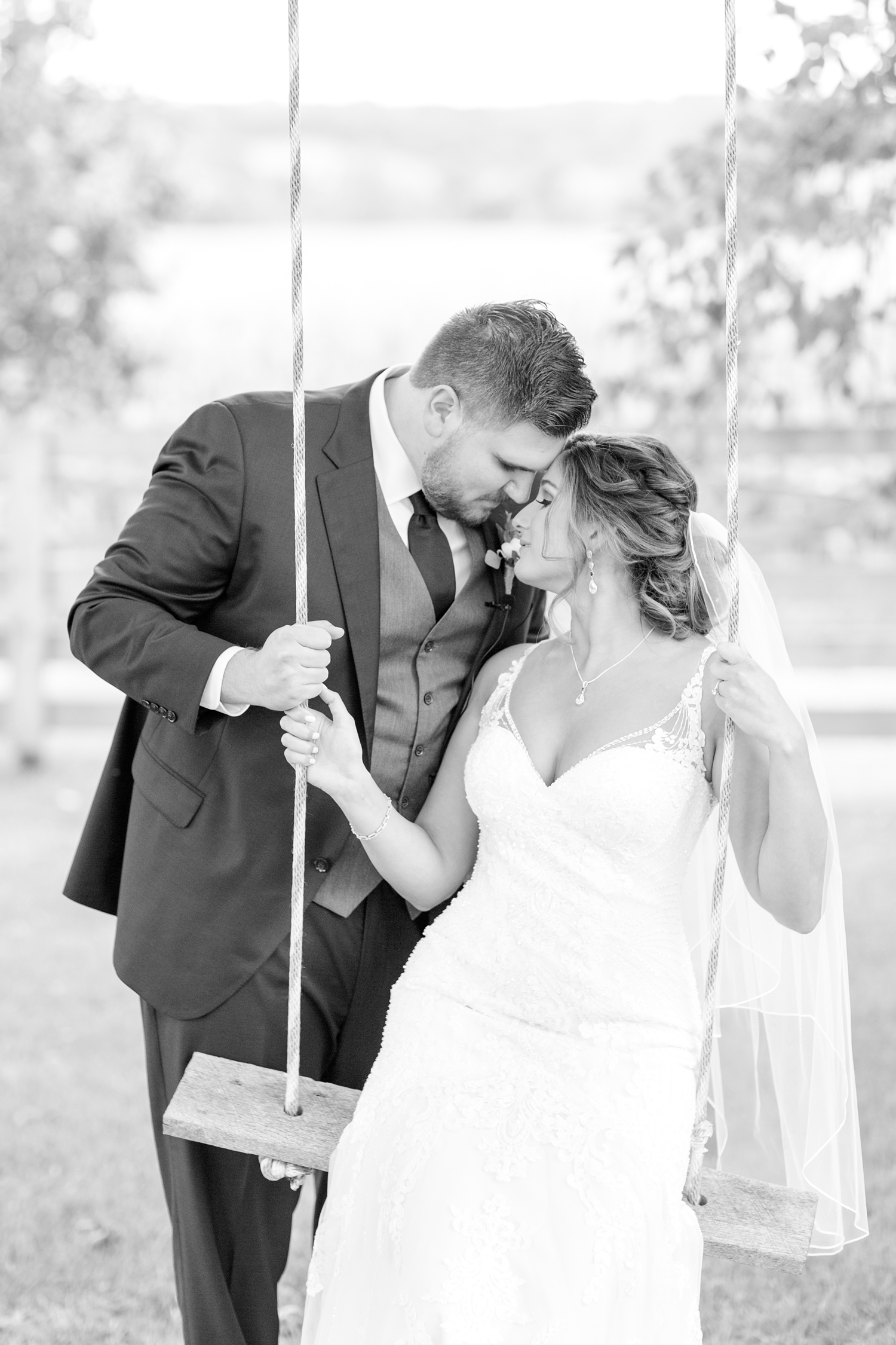 ANDRE WEDDING HIGHLIGHTS-202_walkers-overlook-wedding-walkersville-maryland-wedding-anna-grace-photography-photo.jpg