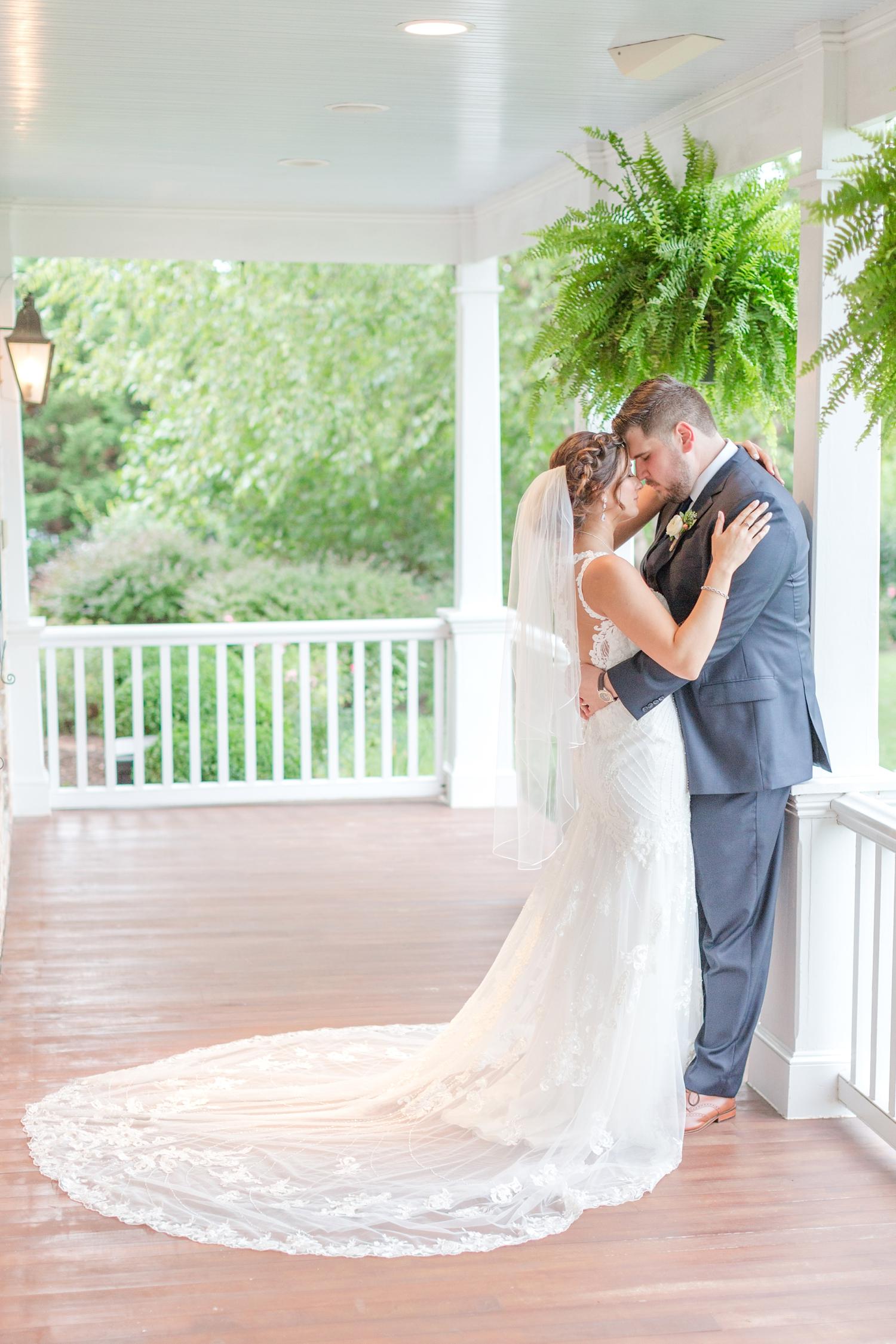 ANDRE WEDDING HIGHLIGHTS-475_walkers-overlook-wedding-walkersville-maryland-wedding-anna-grace-photography-photo.jpg