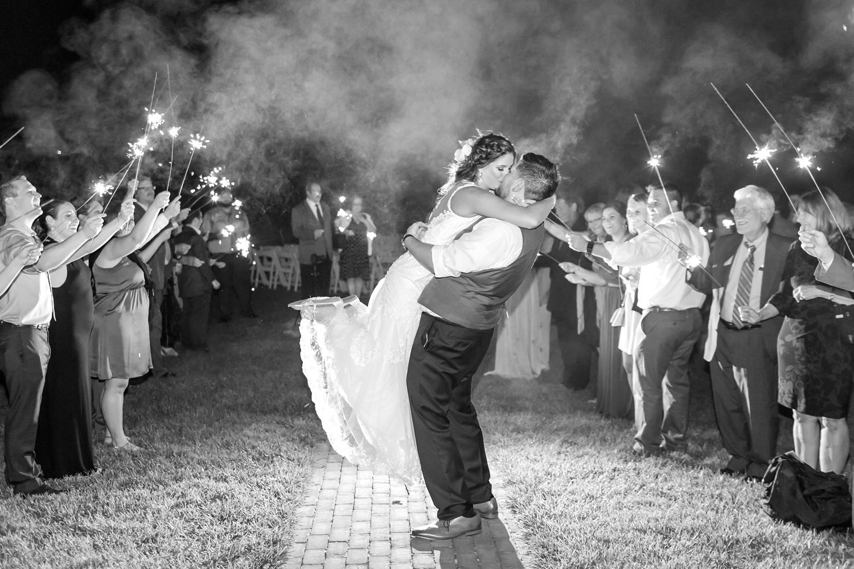 ANDRE WEDDING HIGHLIGHTS-598_walkers-overlook-wedding-walkersville-maryland-wedding-anna-grace-photography-photo.jpg