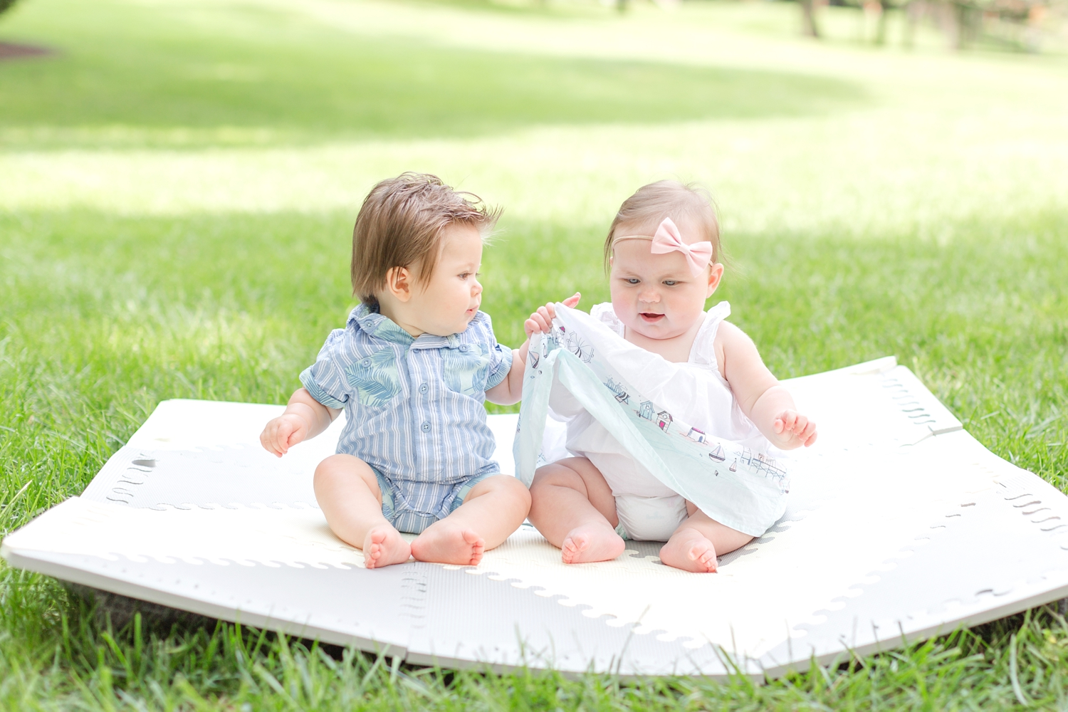 Payton & James 6 Months Old-7_towson-maryland-family-photographer-anna-grace-photography-photo.jpg