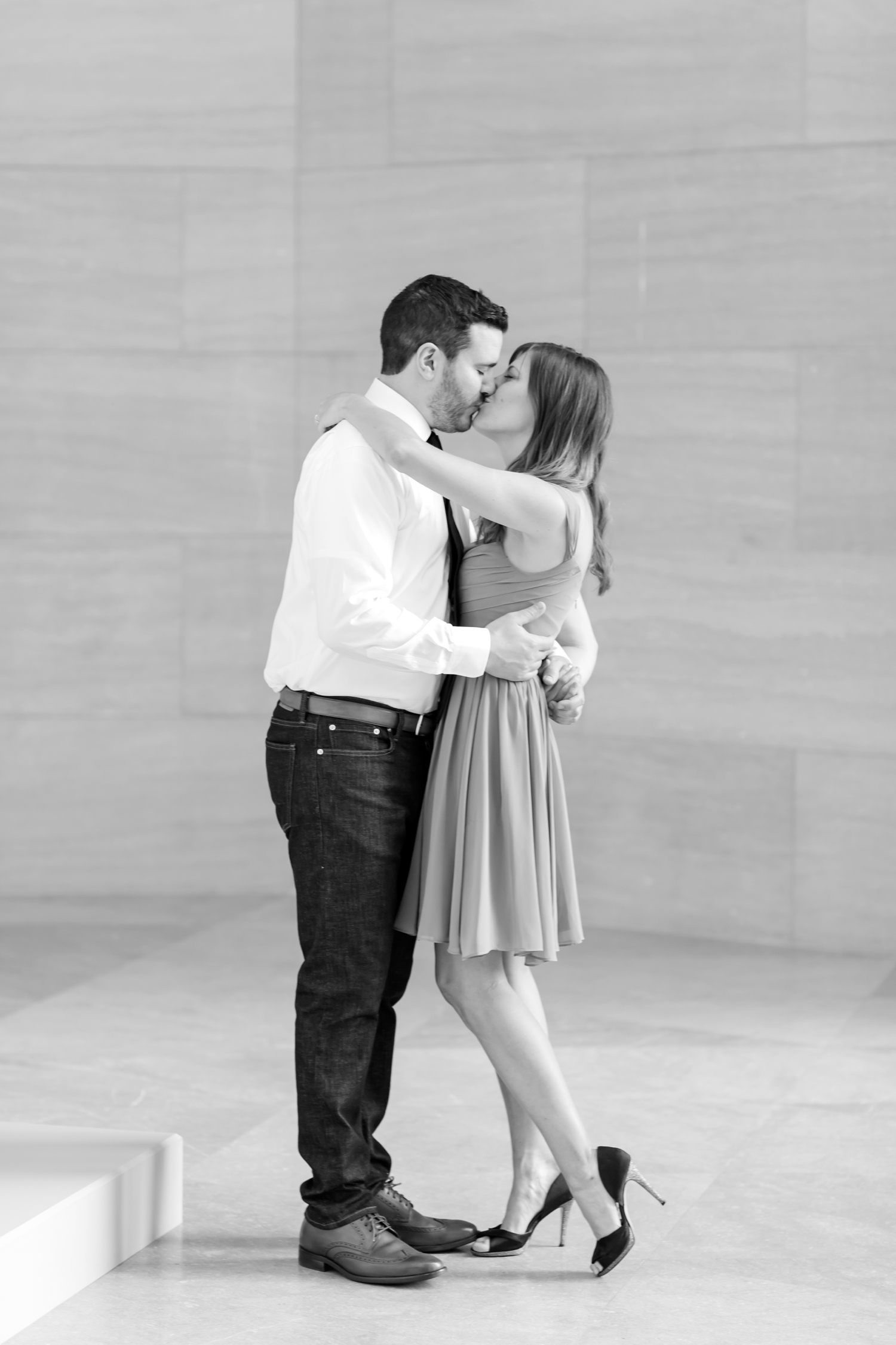Larisa & Greg Engagement-68_National-Gallery-of-Art-engagement-session-dc-engagement-photographer-anna-grace-photography-photo.jpg