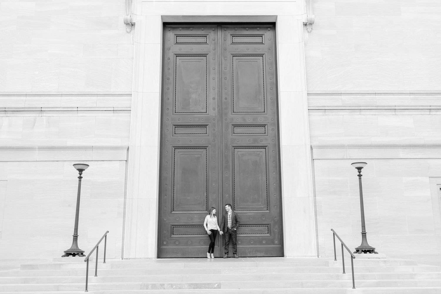 Larisa & Greg Engagement-220_National-Gallery-of-Art-engagement-session-dc-engagement-photographer-anna-grace-photography-photo.jpg