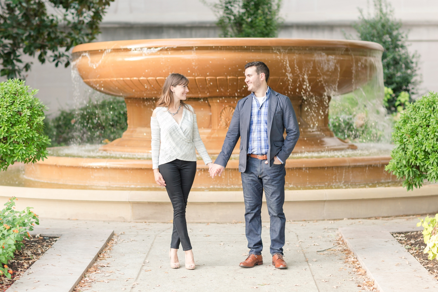 Larisa & Greg Engagement-348_National-Gallery-of-Art-engagement-session-dc-engagement-photographer-anna-grace-photography-photo.jpg
