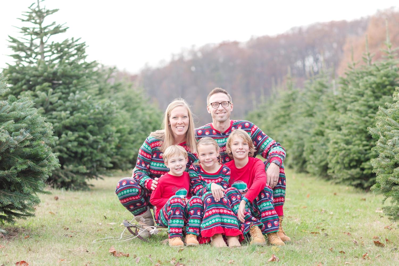 Golembiesky Family 2017-32_ruhl-tree-farm-baltimore-maryland-family-photography-anna-grace-photography-photo.jpg