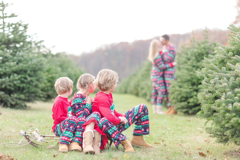 Golembiesky Family 2017-48_ruhl-tree-farm-baltimore-maryland-family-photography-anna-grace-photography-photo.jpg