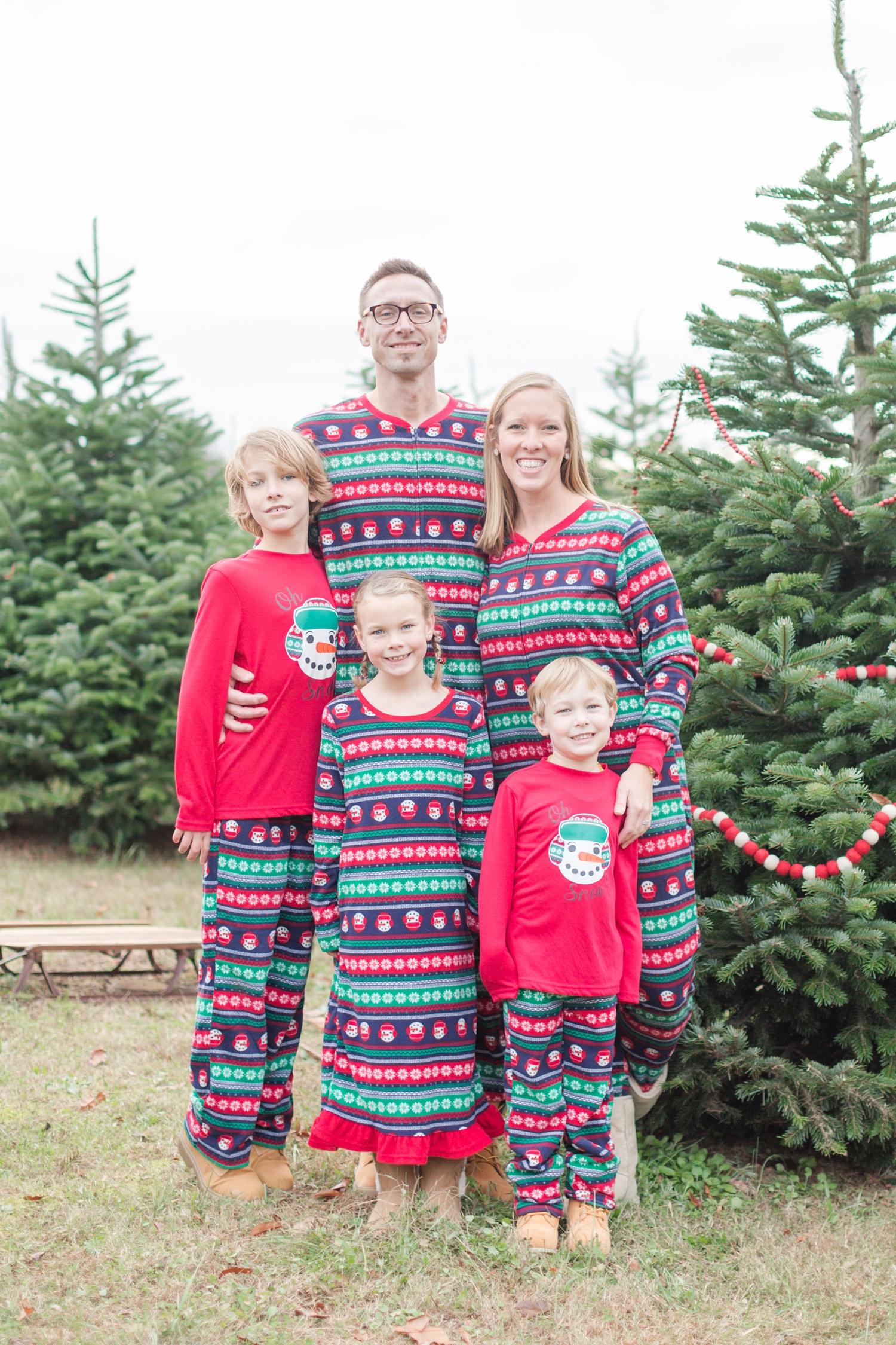 Golembiesky Family 2017-82_ruhl-tree-farm-baltimore-maryland-family-photography-anna-grace-photography-photo.jpg