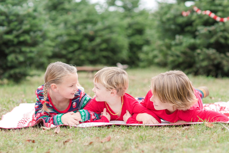 Golembiesky Family 2017-129_ruhl-tree-farm-baltimore-maryland-family-photography-anna-grace-photography-photo.jpg
