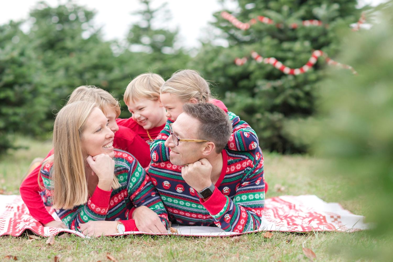 Golembiesky Family 2017-141_ruhl-tree-farm-baltimore-maryland-family-photography-anna-grace-photography-photo.jpg