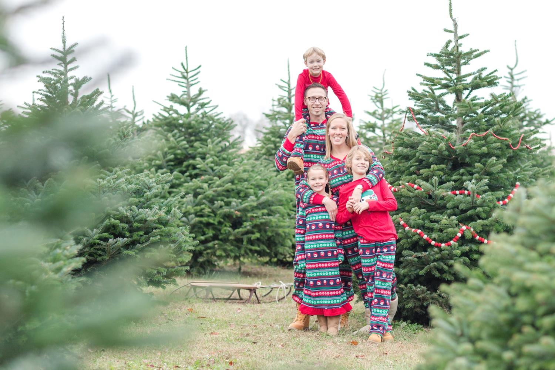 Golembiesky Family 2017-198_ruhl-tree-farm-baltimore-maryland-family-photography-anna-grace-photography-photo.jpg